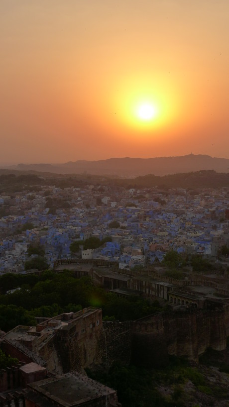 Sunset at the Fort; Backpacking India; Backpacking Rajasthan and Agra; D.I.Y. Rajasthan; D.I.Y. Jodhpur; Mehrangarh Fort