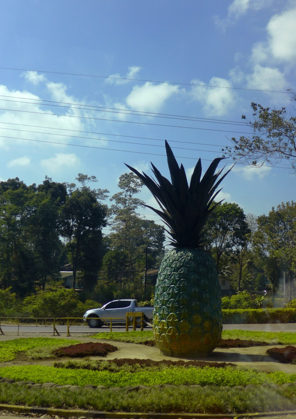 Del Monte Pineapple Plantation, Camp Philips, Bukidnon; Del Monte Clubhouse; D.I.Y. Manolo Fortich; Dahilayan Adventure Park day trip itinerary; Dahilayan Adventure Park activities; Del Monte Clubhouse Bukidnon; What to do in Bukidnon; Bukidnon travel blog
