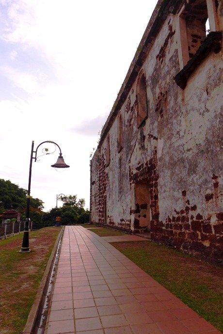 Melaka local life; Melaka attractions; D.I.Y. Melaka walking tour; Dutch Square; Melaka River; Chicken and Rice Balls; St. Paul Hill; Red Buildings